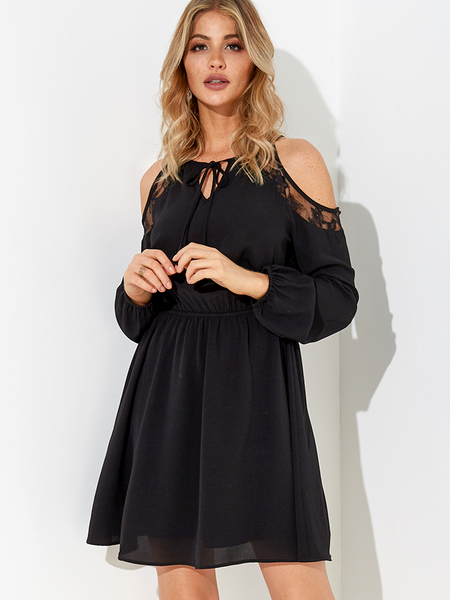 Black Lace-up Design Cold Shoulder Long Sleeves Lace Dress