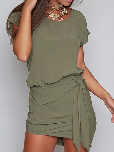 Self-tie Design Round Neck Short sleeves Dress in Green