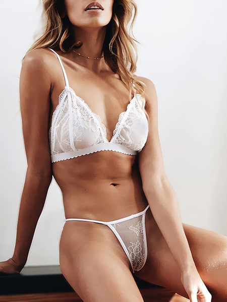 White Sexy Delicate Scalloped Lace Lingerie Set