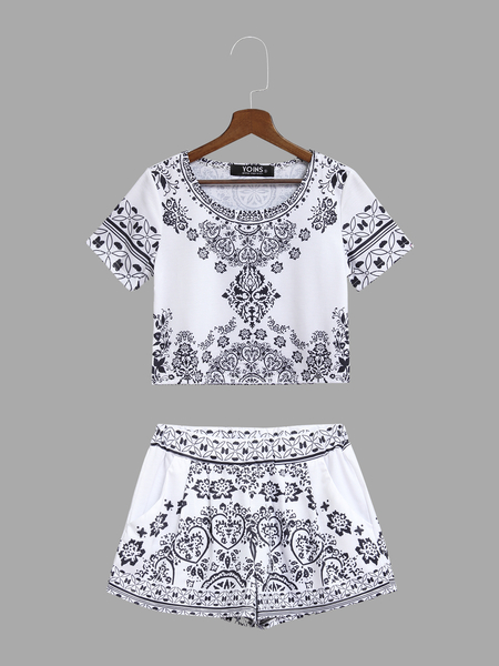 Bohemia Random Floral Print Crop Top and Shorts Co-ord
