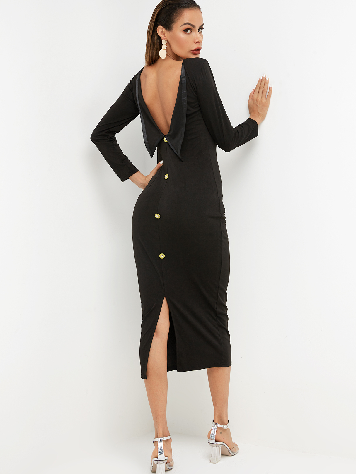 Backless Design Round Neck Long Sleeves Dress in Black