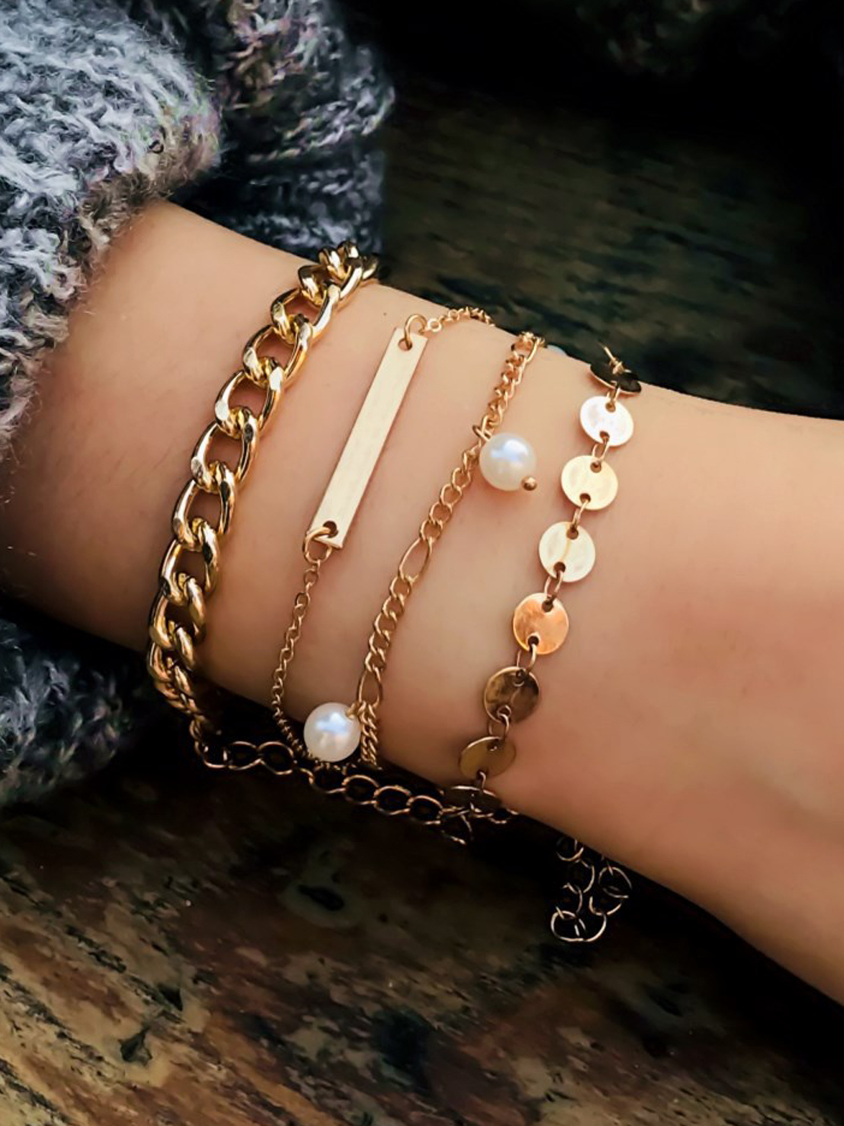 Gold Mixed Artificial Pearl Four-piece Bracelet Set