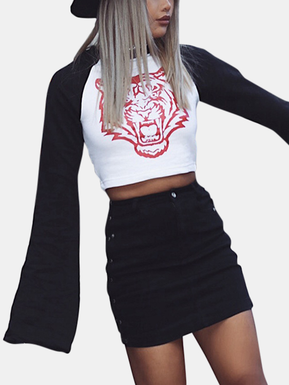 Active Cut Out Contrast Color Stitching Flared Sleeves T-shirts